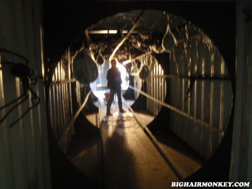 Haunted house post mortem bighairmonkey for Haunted house hallway ideas